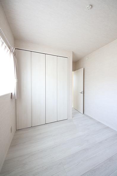 5帖の子供部屋は2部屋あり、それぞれ収納付き。